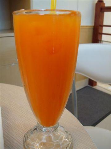 提拉米蘇一景9_綜合果汁.JPG