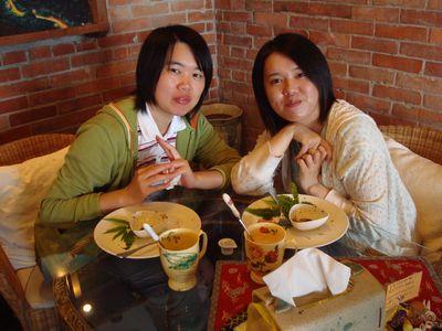 我&阿嘟5_in雲在山房吃早餐.JPG