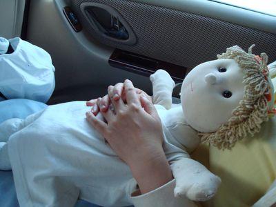 香香10_在車上睡覺.JPG
