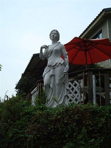 雲在山房一景6_雕像.JPG