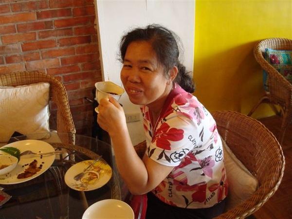 媽2_in雲在山房吃早餐.JPG