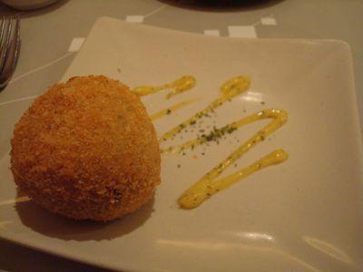陶板料理4_鮭魚炸飯糰.JPG