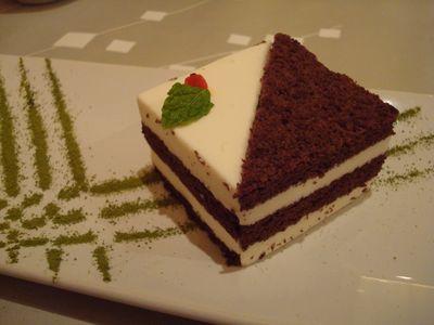 陶板料理9_白巧克力千層慕斯.JPG