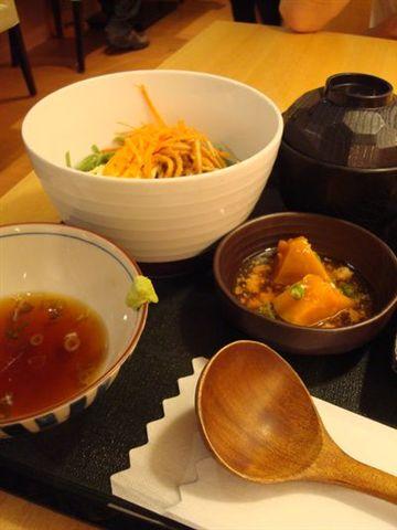 魚旨彩餐3_蕎麥麵.JPG