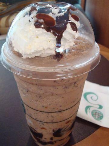 星巴克1_巧克力可可碎片星冰樂加吉利.JPG