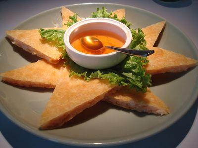 瓦城餐2_月亮蝦餅.JPG