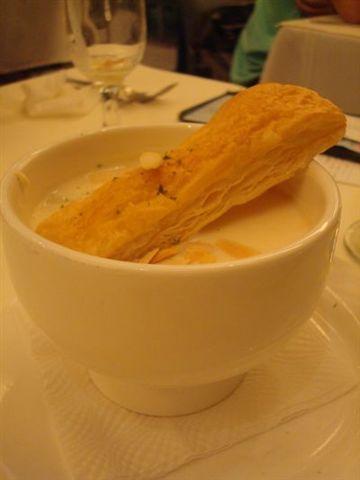2009父親節西堤5_蔬菜海鮮巧達濃湯.JPG