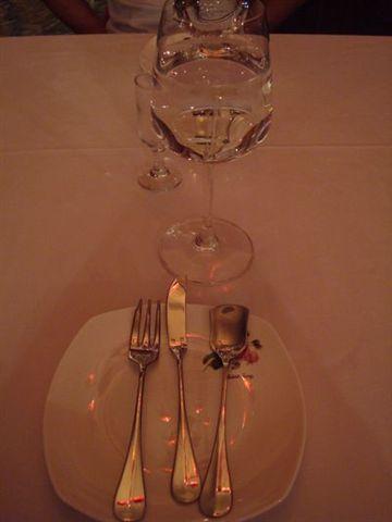 古典玫瑰園25_餐具&水杯.JPG
