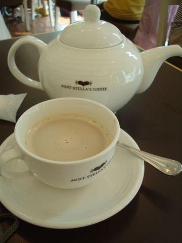 詩特莉2_奶茶.JPG