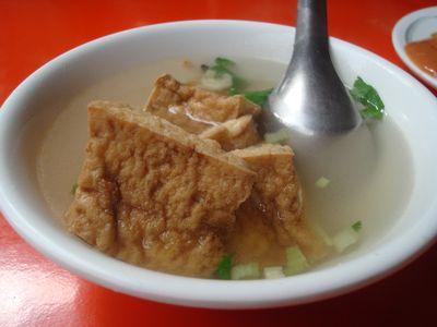 台中第二市場小吃6_油豆腐湯.JPG