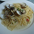 放送局義式廚房餐點6_白酒蛤蠣義大利麵.JPG