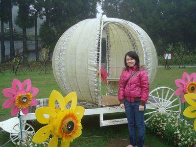是我14_in小瑞士花園.JPG