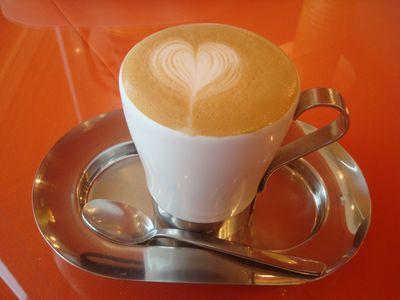 0313柑仔店早餐2_提拉米蘇拿鐵咖啡.JPG
