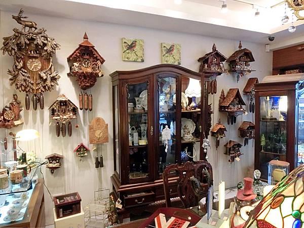 圖1 我最喜歡的咕咕鐘專賣店