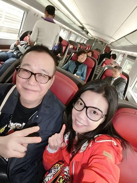 圖3 4月20日我與澤治搭高鐵G230車次從南京到青島