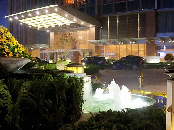 圖7 青島香格里拉大酒店外觀