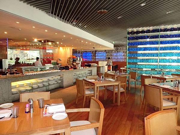 圖24 青島香格里拉一品堂自助餐廳