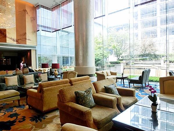圖28 青島香格里拉大堂酒廊Lobby Lounge