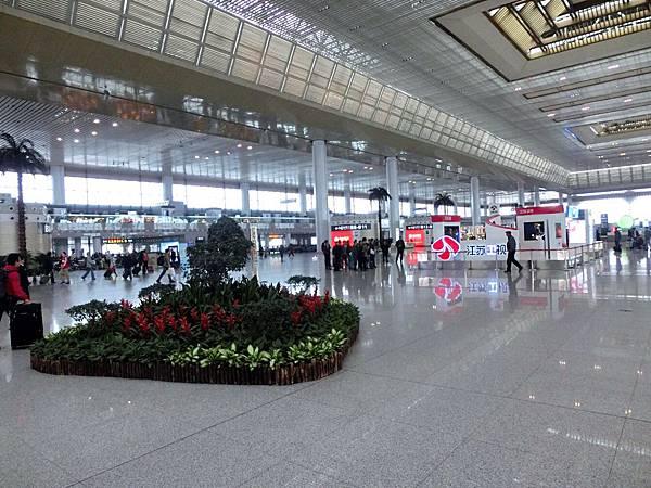 圖10 南京高鐵站內觀