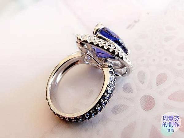 圖8 我設計的「丹泉VS藍寶」鑽戒