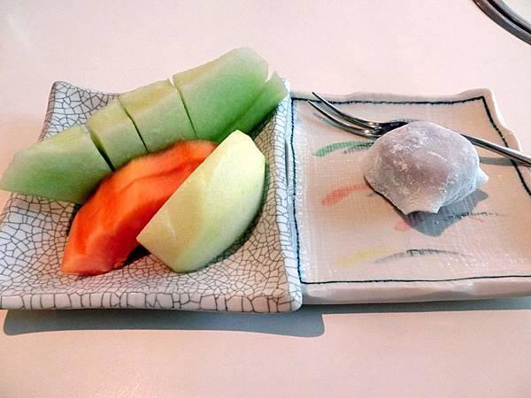 圖12 海山廳午間套餐的餐後水果甜品