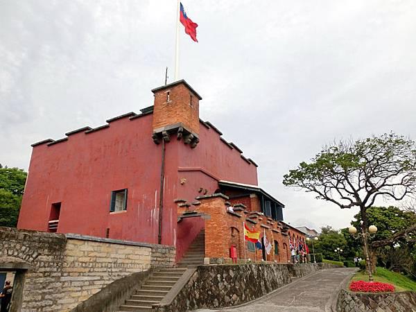 圖16 淡水紅毛城內觀(此樓曾為英國領事館)