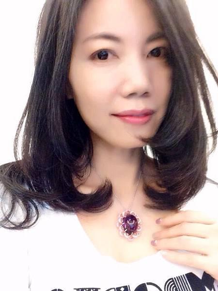 圖3 我配戴自己設計的紫晶墜