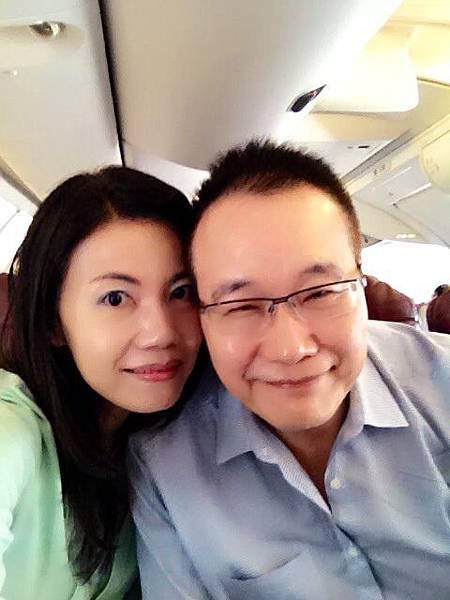 圖3 2013年9月我與咪呢搭機去旅行