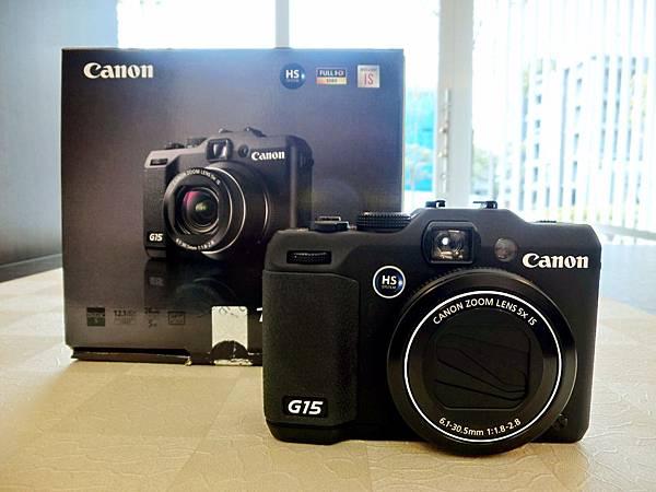 圖3 Canon G15相機與包裝盒