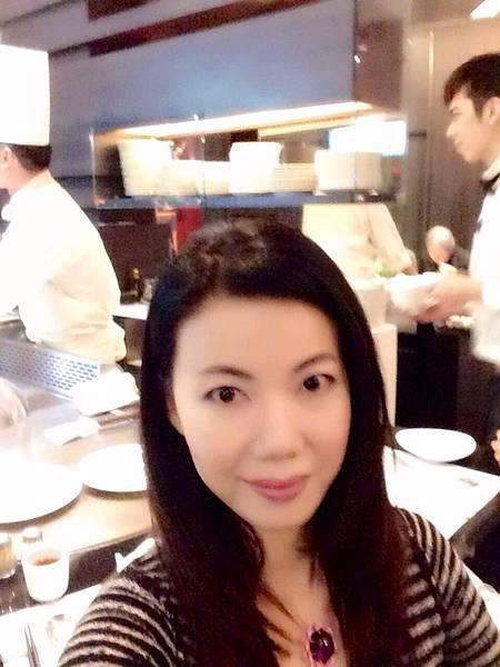 圖11 我在九元餐廳內