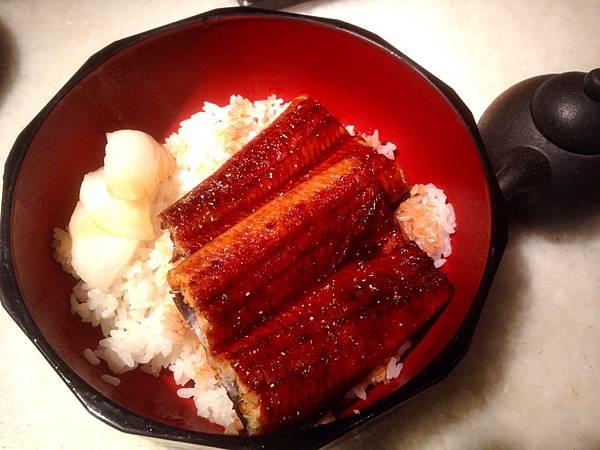 圖4 三井的鰻魚飯