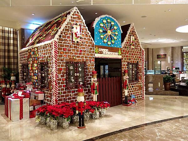 圖8 Lobby內有漂亮可愛的聖誕屋