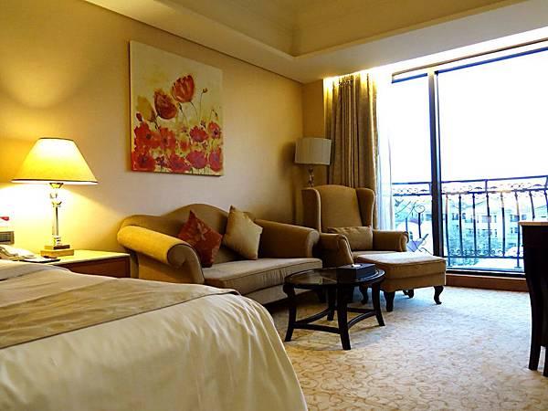 圖12 義大皇冠酒店客房