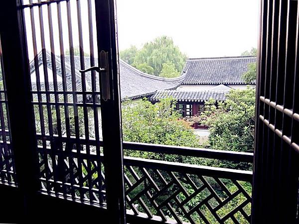 圖5 江南的窗景如畫,就像鄭愁予的詩。