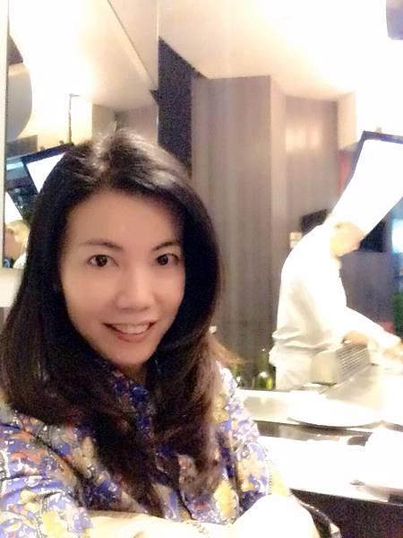 圖5 我在九元餐廳內