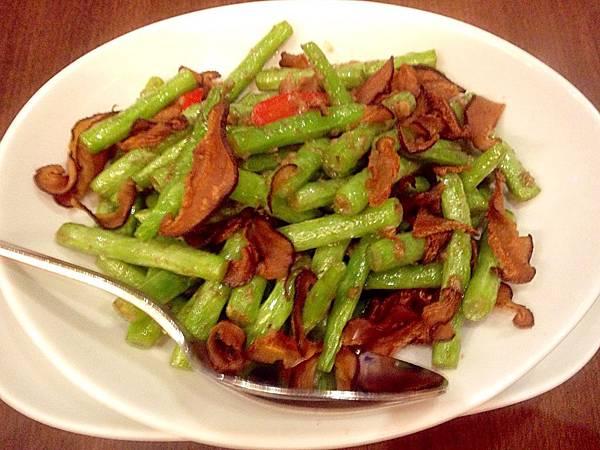 圖7 卓莉家廚的炒青菜深得我心