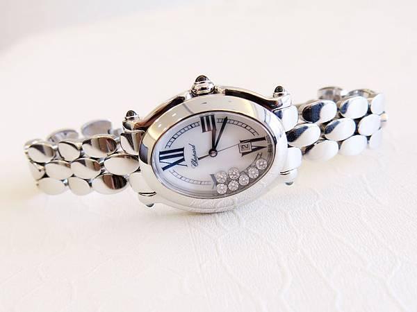 圖5 蕭邦Happy Diamonds腕錶