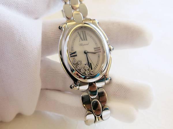 圖6 蕭邦Happy Diamonds腕錶