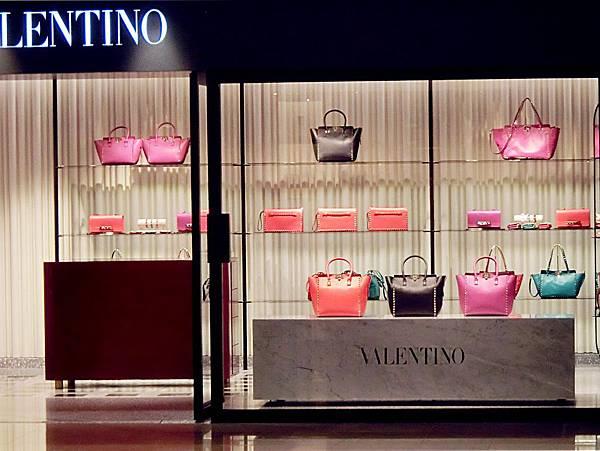 圖5 VALENTINO專賣店