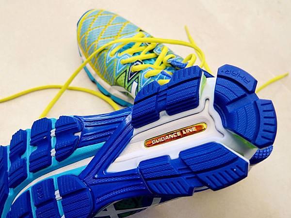 圖3 高緩衝代表款鞋底設有軌跡導引系統