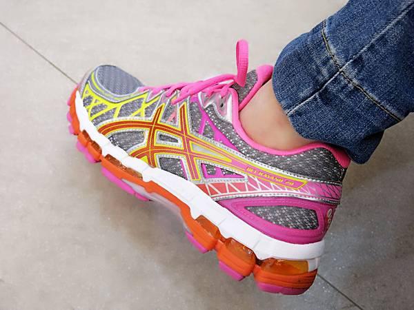圖7 專利亞瑟膠可讓人走路更輕鬆省力