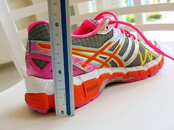 圖10 高支撐代表款鞋跟高度近四公分
