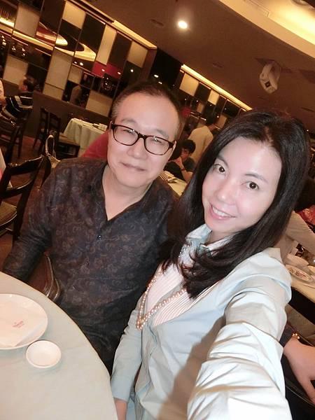 圖3 10月10日我和咪呢在福華蓬萊邨台菜廳享用晚餐