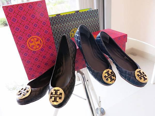 圖2 兩雙Tory Burch羊皮菱格鞋
