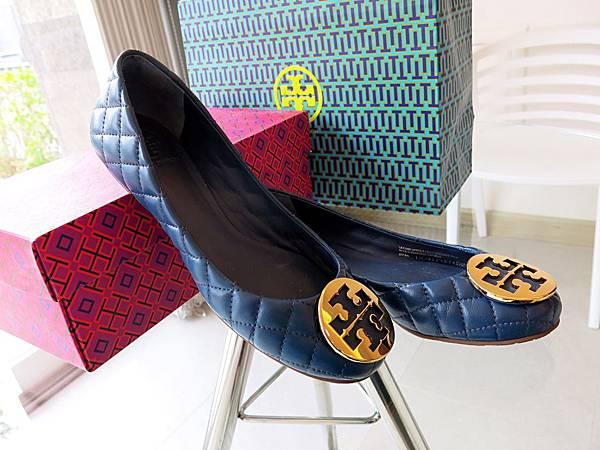 圖5 Tory Burch「亞洲楦」羊皮菱格鞋