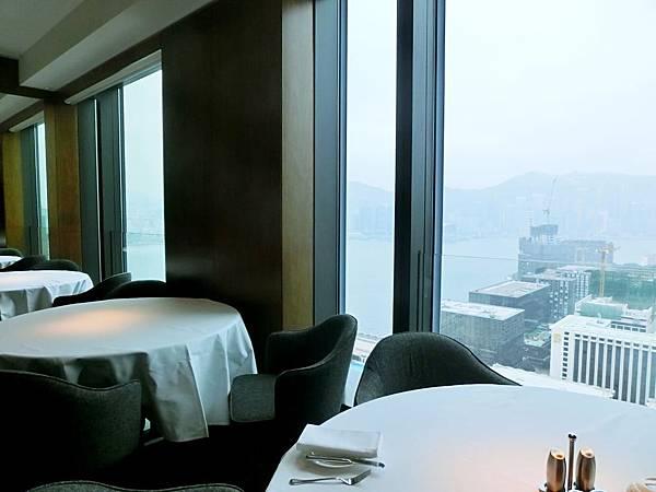 圖4 唯港薈酒店的天外天中餐廳用餐區