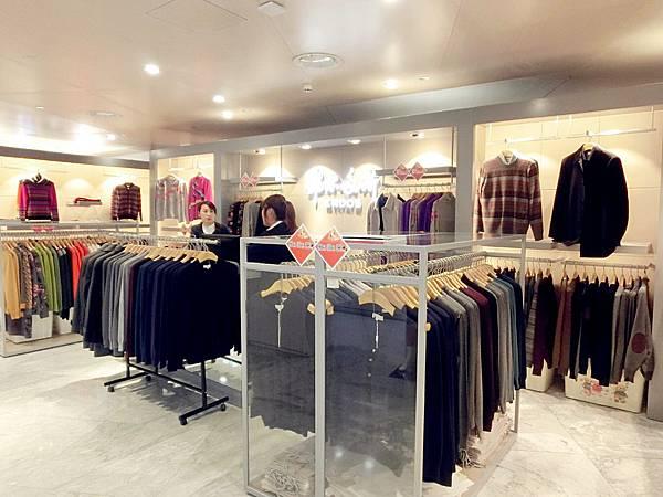 圖17 金鷹百貨內的鄂爾多斯羊絨衣專櫃