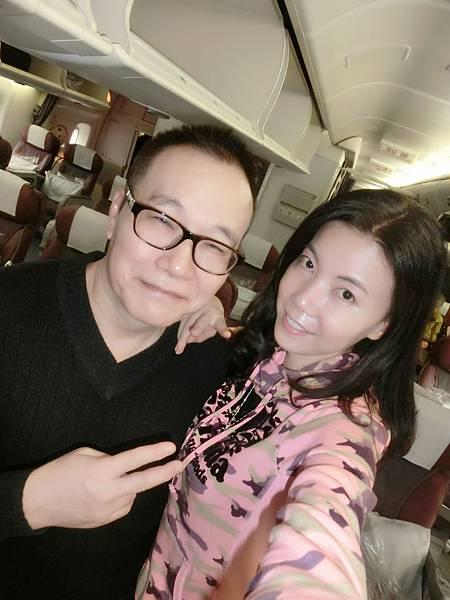 圖3 1月16日我和咪呢在華信班機上