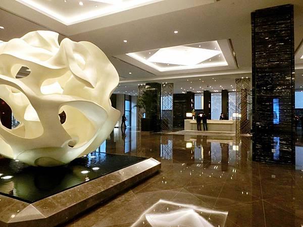 圖5 金陵飯店新館Lobby