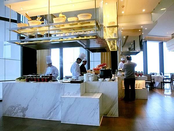 圖7 金陵亞太商務樓56F早餐廳